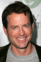 Greg Kinnear, Logansport native